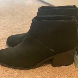 #Toms Brand new with tag Black booties